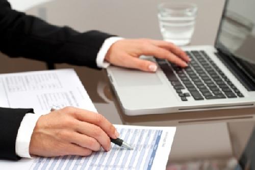 نقش نرم افزار های دبیرخانه و اتوماسيون اداري در تسريع  پاسخگويي و كاهش مكاتبات کاغذی